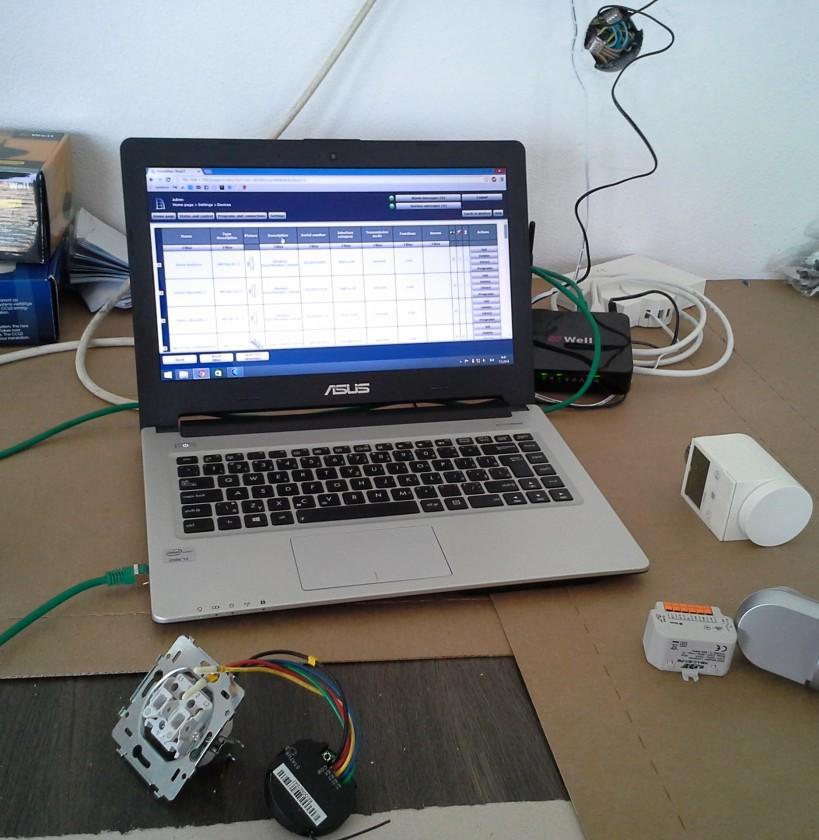 programovanie systému domácej automatizácie